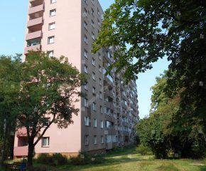 Przestronne, ustawne mieszkanie w bloku z windą