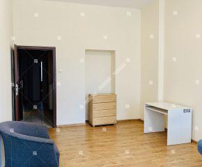 2 pokoje w kamienicy przy ul. Grabiszyńskiej
