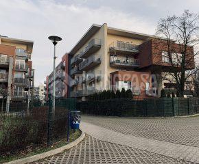 1 pokojowe na pierwszym piętrze w nowoczesnym bloku