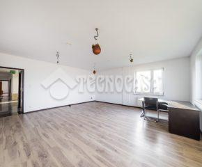 Kraków – Nowa Huta – ul. Rzepakowa - 556 m2