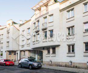 Kraków – Stare Dębniki – ul. Zamkowa – 16 m2