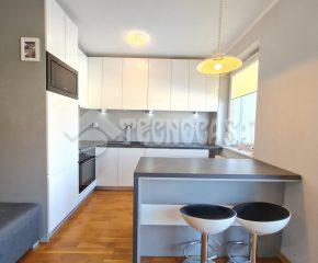 Jednopokojowe mieszkanie w nowoczesnym bloku z windą!