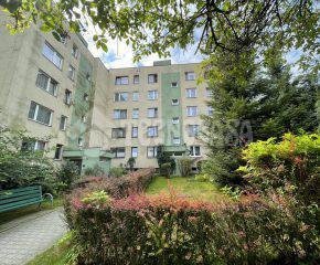 Przestronne 2-pokojowe mieszkanie w stanie idealnym do wynajęcia.
