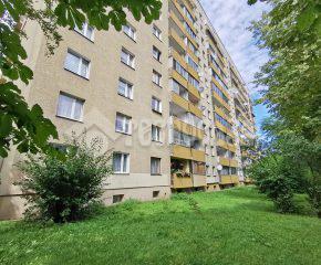 2-pok. mieszkanie w stanie do wejścia, w bloku z windą.