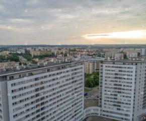Kraków - Krowodrza - ul. Bratysławska - 3 miejsca postojowe i komórka lokatorska