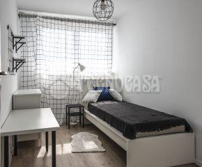 Wirtualny specer-Przestronne, rozkładowe mieszkanie z dwoma balkonami