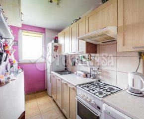3-pok. mieszkanie z klimatyzacją, w stanie idealnym, dwie piwnice.