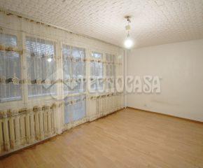 Mieszkanie 3- pokojowe do remontu