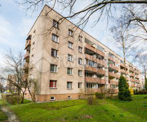 3-pok. ustawne mieszkanie w niskim bloku