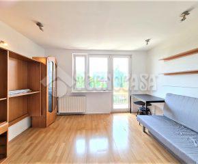 Mieszkanie 3 pokojowe w spokojnej okolicy.