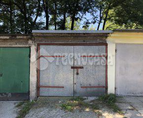 Kraków – Os. Podwawelskie – ul. Twardowskiego – garaż