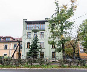 Kraków – Stare Dębniki – Rynek Dębnicki – 111 m2