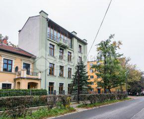 Kraków – Stare Dębniki – Rynek Dębnicki – 72 m2